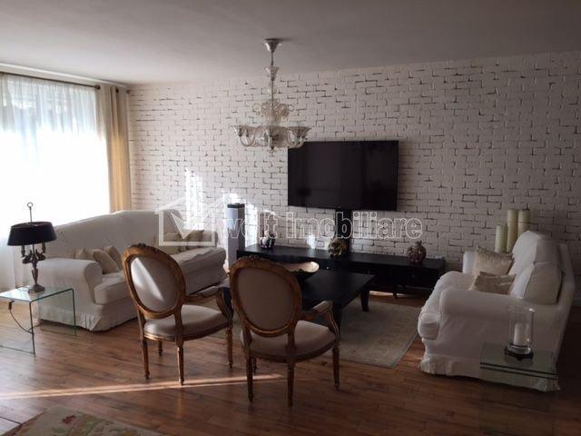 Maison 5 chambres à vendre dans Cluj-napoca, zone Buna Ziua