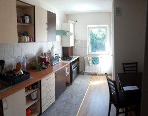 Apartament 4 camere, finisat, decomandat, garaj, Manastur