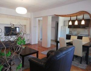 Apartament 4 camere 100mp, etaj intermediar, Centru