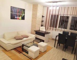Apartament 2 camere, etaj intermediar, parcare, zona Zorilor