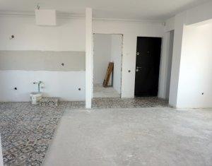 Vanzare apartament 3 camere finisate, etaj intermediar, garaj, zona D. Rotund