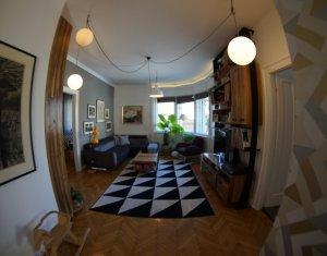 Apartament 3 camere, 93 mp, situat intr-o vila din zona Horea