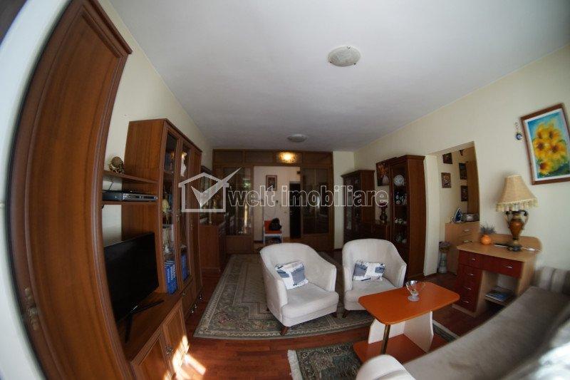 Apartament 3 camere, 96 mp, bloc nou, Piata Cipariu
