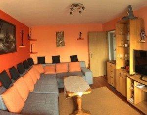Apartament cu 3 camere, Tasnad, Manastur