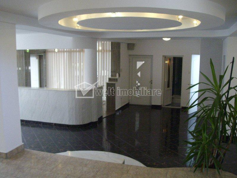 Maison 5 chambres à louer dans Cluj-napoca, zone Manastur
