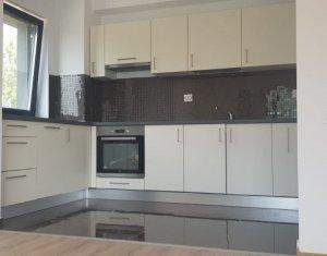 Vanzare apartament 2 camere, confort sporit, zona Iulius Mall