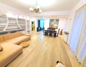 Vanzare apartament 3 camere, 2 locuri parcare, superfinisat, zona Zorilor-Europa