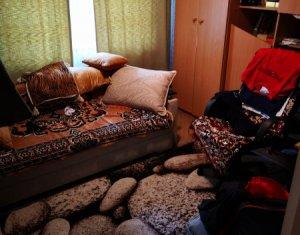 Apartament 4 camere decomandate zona Calea Floresti