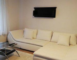Inchiriere apartament 2 camere la casa, curte, terasa, 70 mp, Andrei Muresanu