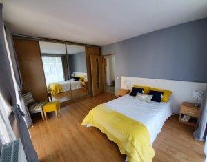 Vanzare apartament cu 2 camere, mobilat modern, Floresti, strada Eroilor