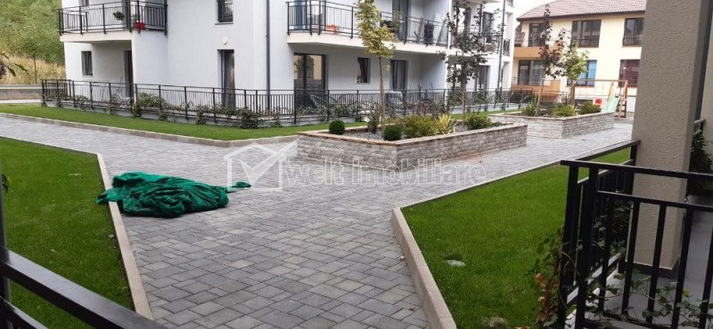 Vanzare apartament 2 camere mobilat si utilat, parcare subterana, zona Europa