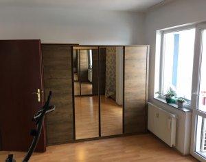 Apartament 3 camere, Centru, la 3 minute de Piata Avram Iancu, imobil 2006 !