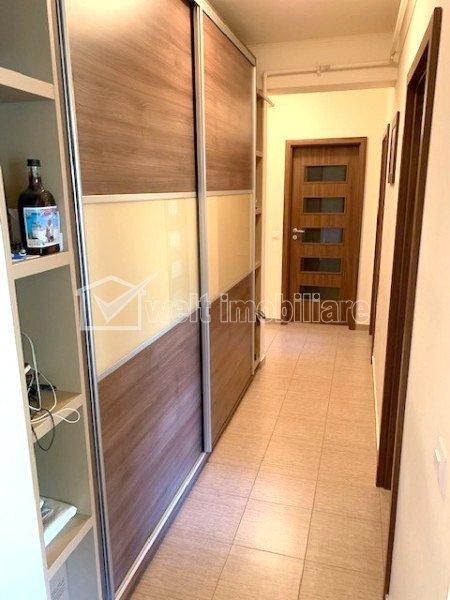 Inchiriere apartament cu 3 camere in Floresti, strada Stejarului