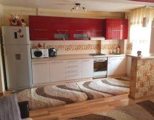 Vanzare apartament cu 3 camere, decomandat, etaj 1/8 in Marasti, Aurel Vlaicu