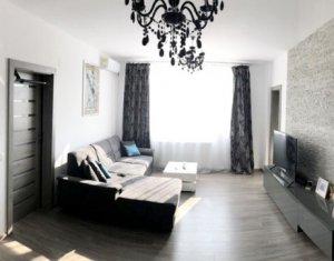 Vanzare apartament 2 camere zona Borhanci, garaj individual
