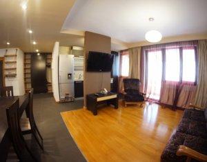 Inchiriere Apartament 3 camere, imobil nou, loc de parcare