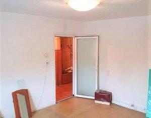 Apartament de vanzare 3 camere, 65 mp, zona Brates, Manastur