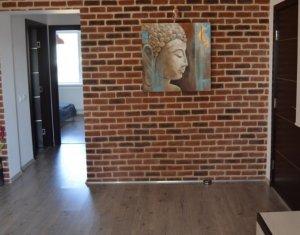 Inchiriere apartament modern 3 camere, mobilat si utilat, Centru