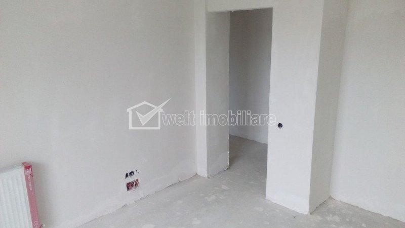 Vanzare apartament cu 3 camere in Floresti, zona strazii Tineretului