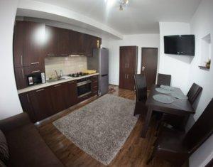 Apartament de 3 camere, semidecomandate, etaj intermediar, Calea Turzii