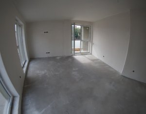 Apartament 3 camere, 2 bai, 81 mp, balcon, terasa 50 mp, Platinia