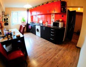 Apartament cu 3 camere decomandate, cartierul Manastur