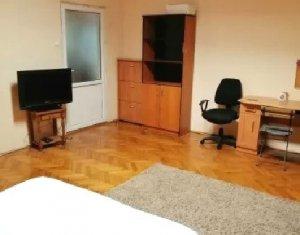 Inchiriere apartament 2 camere 60mp, zona Piata Mihai Viteazu