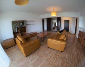 Apartament ultrafinisat, suprafata utila de 80 mp, cartierul Plopilor