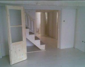 Apartament 3 camere 85mp, central, compartimentare exceptionala