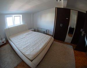 Apartament cu 2 camere decomandate, 51 mp, Centru