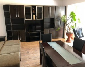 Vanzare apartament cu 3 camere, decomandat, etaj 2/8 in Marasti, Aurel Vlaicu