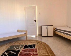 Apartament cu 2 camere, prima inchiriere, recent renovat complet, cu parcare