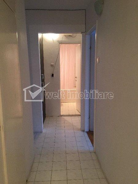 Vanzare apartament 4 camere decomandate, etaj intermediar, zona Pasteur, Zorilor