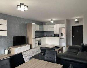 Apartament cu 3 camere, decomandat, zona Iulius Mall, Riviera Luxury