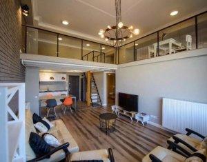 Apartament exclusivist pe doua niveluri, 110 mp, finisaje LUX, zona semicentrala