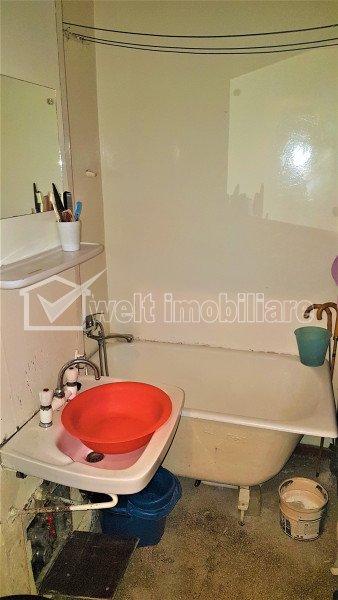 Vand apartament 2 camere, Manastur