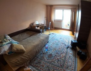 Apartament cu 2 camere decomandate, etaj intermediar, zona strazii Dorobantilor