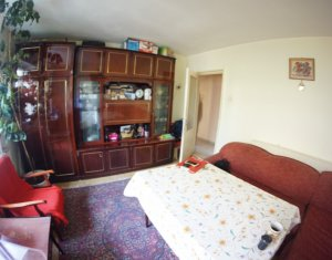 Apartament 3 camere, decomandat, 53 mp, balcon, etaj 1/10, in Manastur