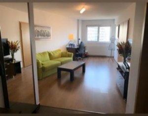 Apartament cu 2 camere, zona Centrala