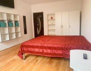 Apartament de 3 camere, decomandate, etaj 3/8, toate cheltuielile incluse