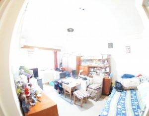 Apartament cu 2 camere, decomandat, zona Manastur