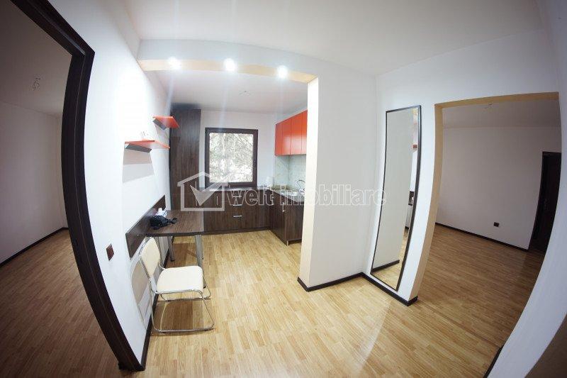 Apartament 3 camere, decomandat, etaj intermediar, Manastur