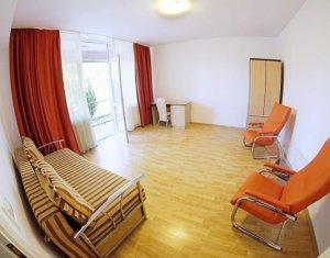 apartament 1 camera, decomandat, spatios, pe Traian Mosoiu