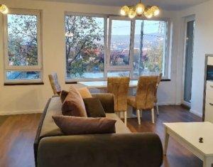 Appartement 3 chambres à louer dans Cluj-napoca, zone Bulgaria