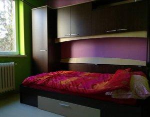 Apartament de 2 camere, etajul 1, Plopilor