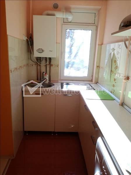 Apartament de 2 camere,45 mp, decomandat, etajul 1, Plopilor