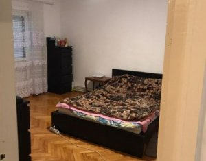 Apartament 4 camere, 80 mp, decomandat, 2 bai, 2 balcoane, etaj 1/4  Zorilor