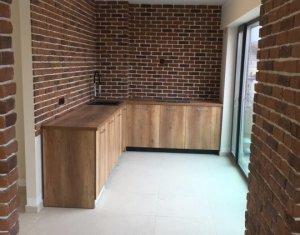 Vanzare apartament cu 2 camere in Centru cladire noua