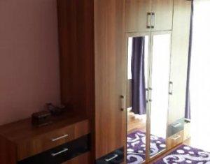 Vanzare apartament de 2 camere, luminos, etaj intermediar, zona Petrom, exp.Vest