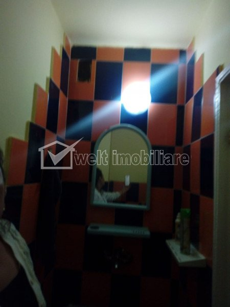 Apartament 3 camere, 65 mp, decomandat, balcon, etaj 5/7, in Marasti